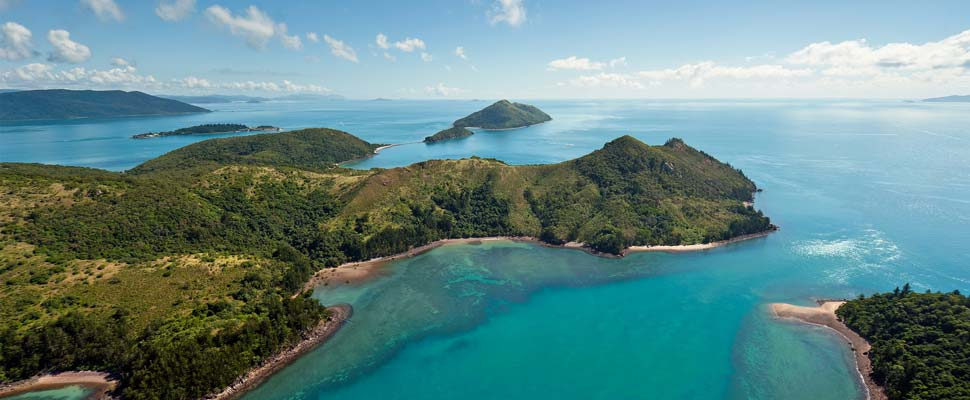 an overview of the whitsundays island This 4-day cruise aboard the whitsunday getaway lets you experience an australian favourite from every angle as you experience the ultimate overview of these superb islands.